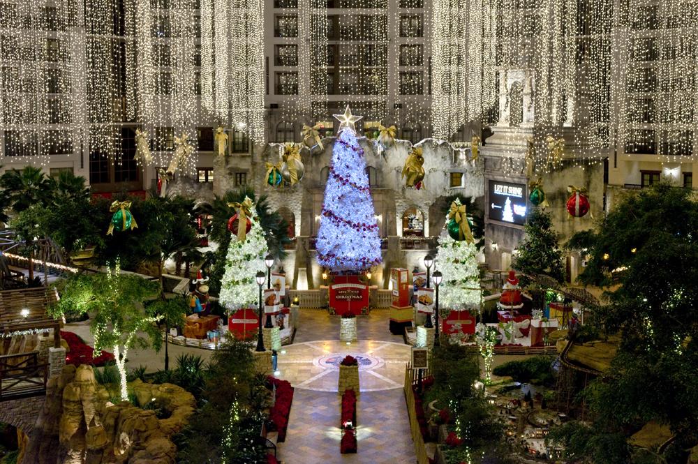 christmas at the gaylord texan