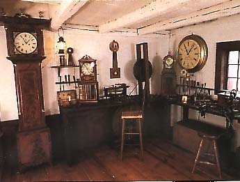 White Home Desk