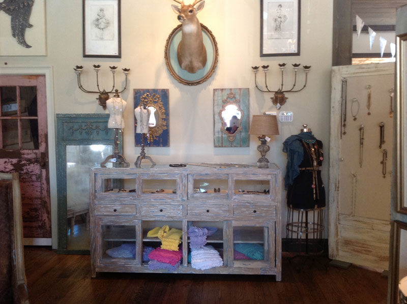Peace Love Decorating Home Decor And Gift Boutique Opens To Rave