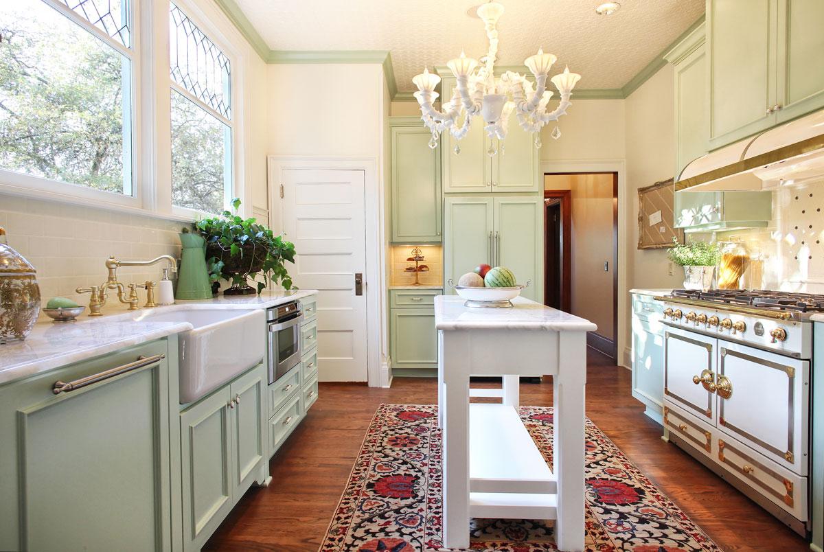 Portland Interior Designer Garrison Hullinger Completes