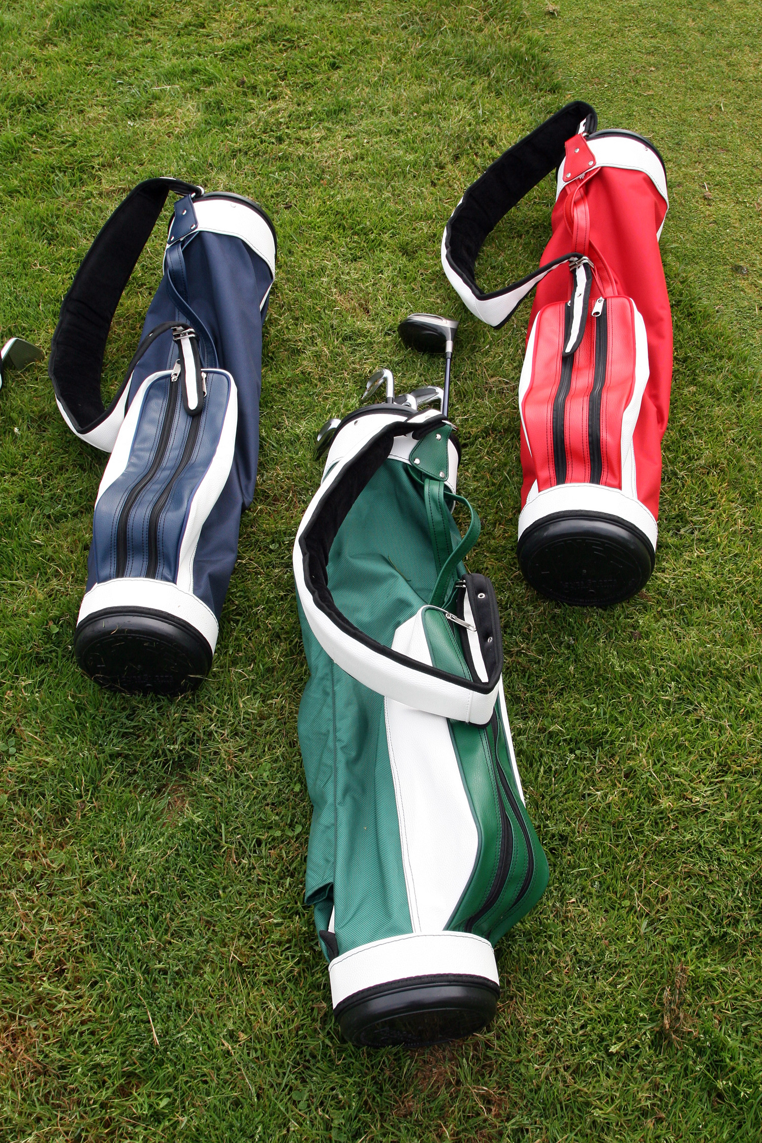 Announces Launch Of Their New Website And The Return Original Jones Golf Bag