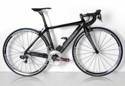 Stradalli Palermo Carbon Bike with Shimano Ultegra Di2 Groupset
