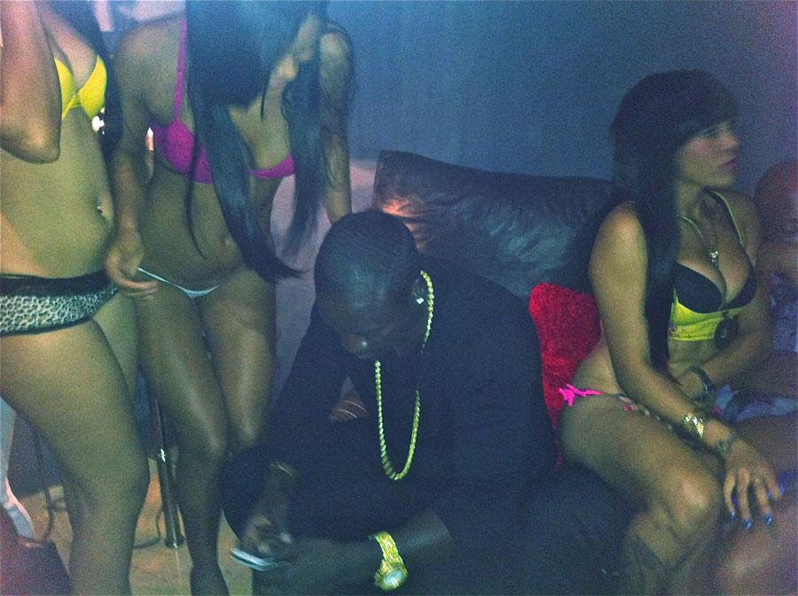Akon S Adult Vacation Rendezvouz
