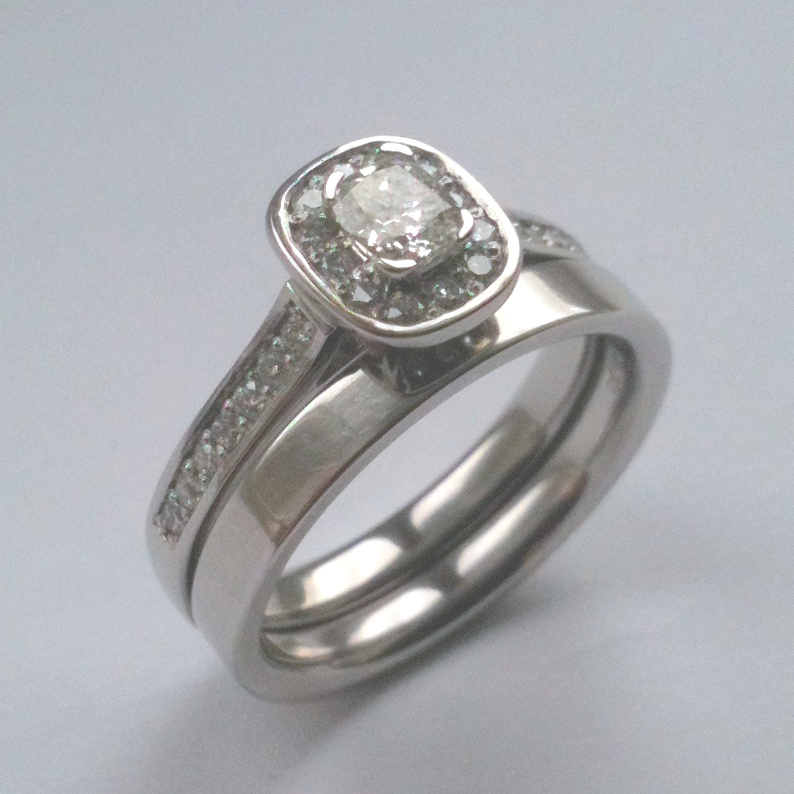eb36349b92d2 Diamonds and Rings the Online Jeweller Introduce New Platinum ...
