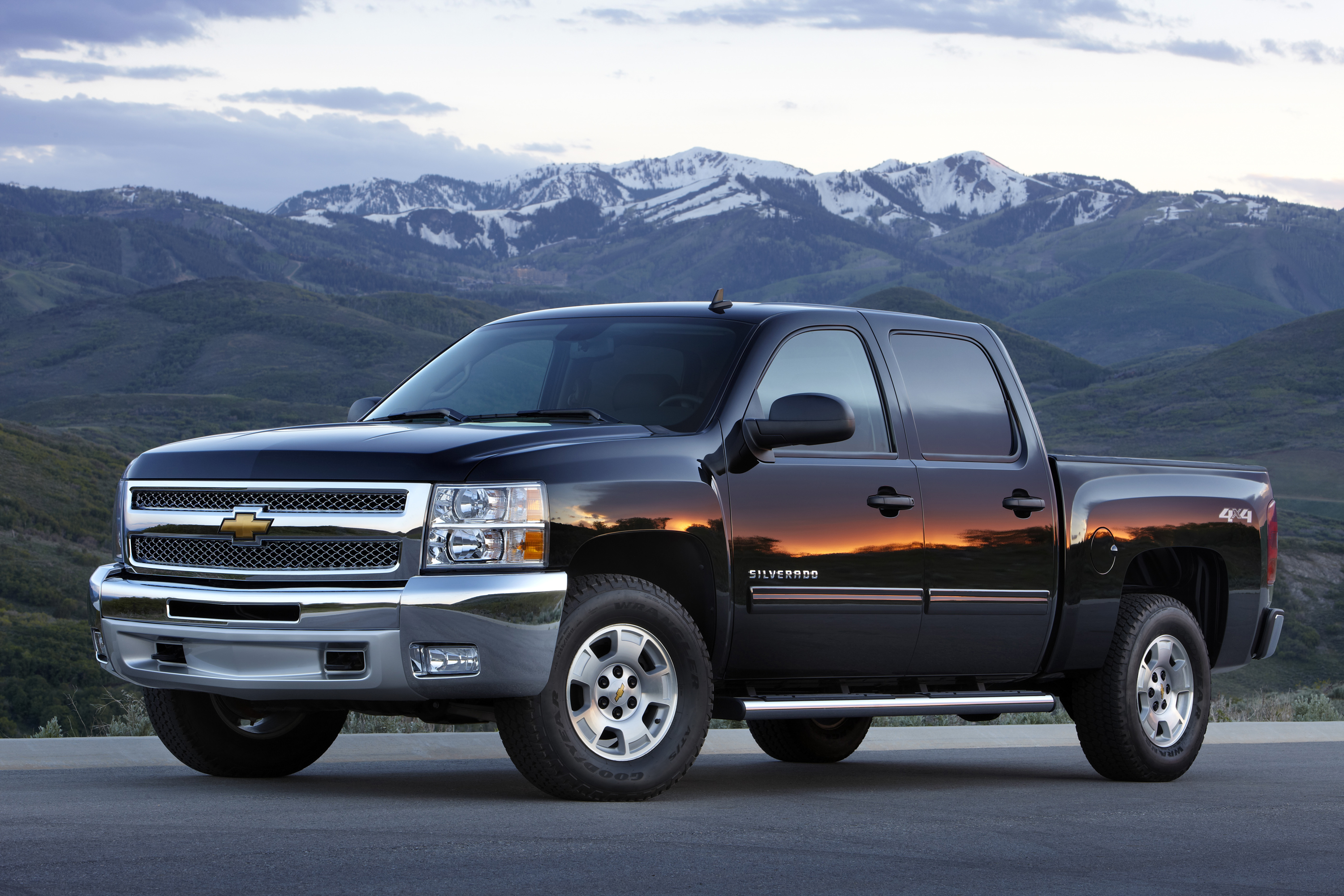 Joe Basil Chevrolet >> Orange County Drivers Save Big During Chevy Truck Month at Guaranty Chevrolet