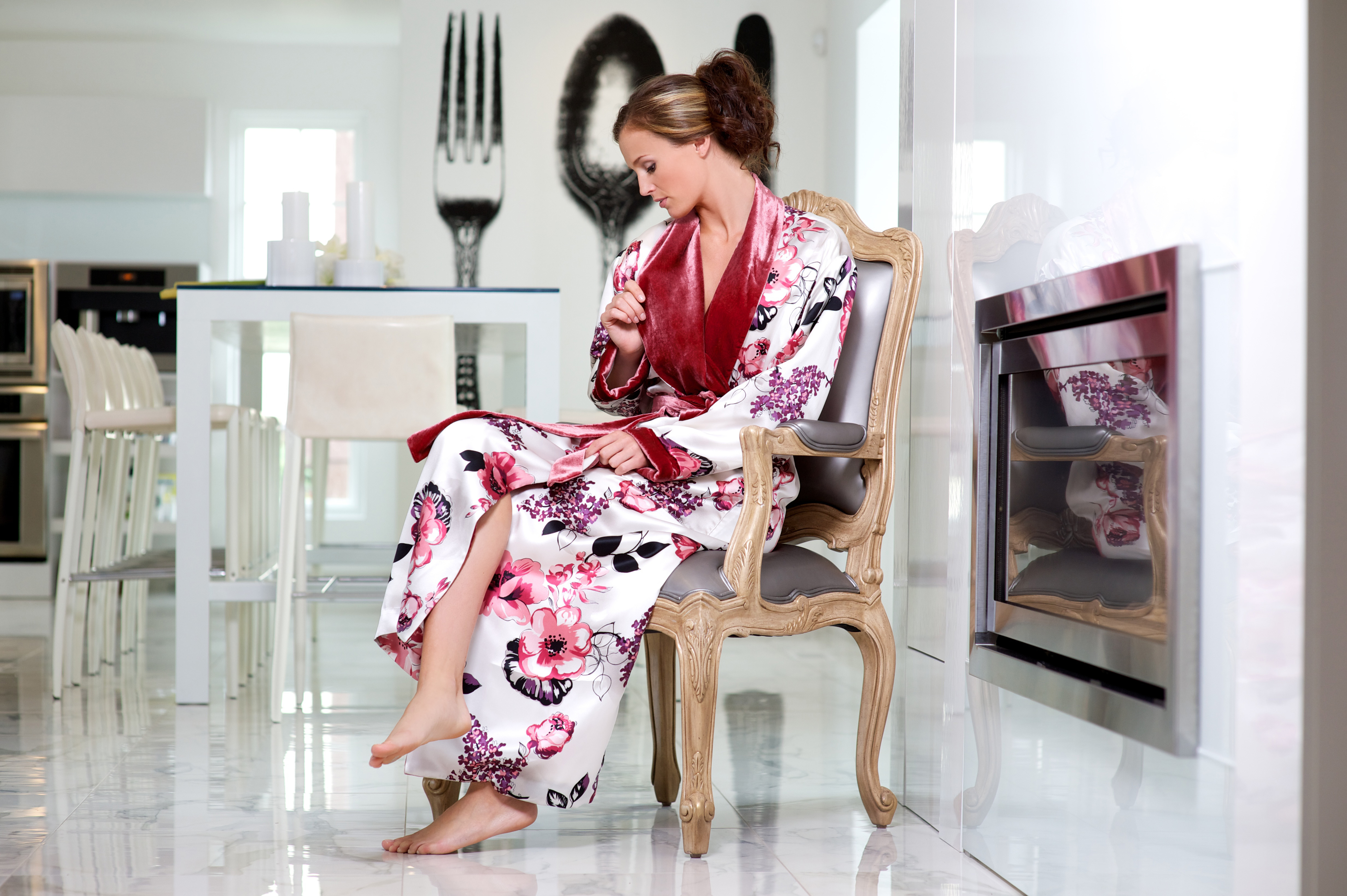 SoffiaB Ming Fling Luxury RobeMing Fling is a silk luxury robe offering  sumptuous flannel lining encased by orient inspired ruby red patterned silk 896e9e586