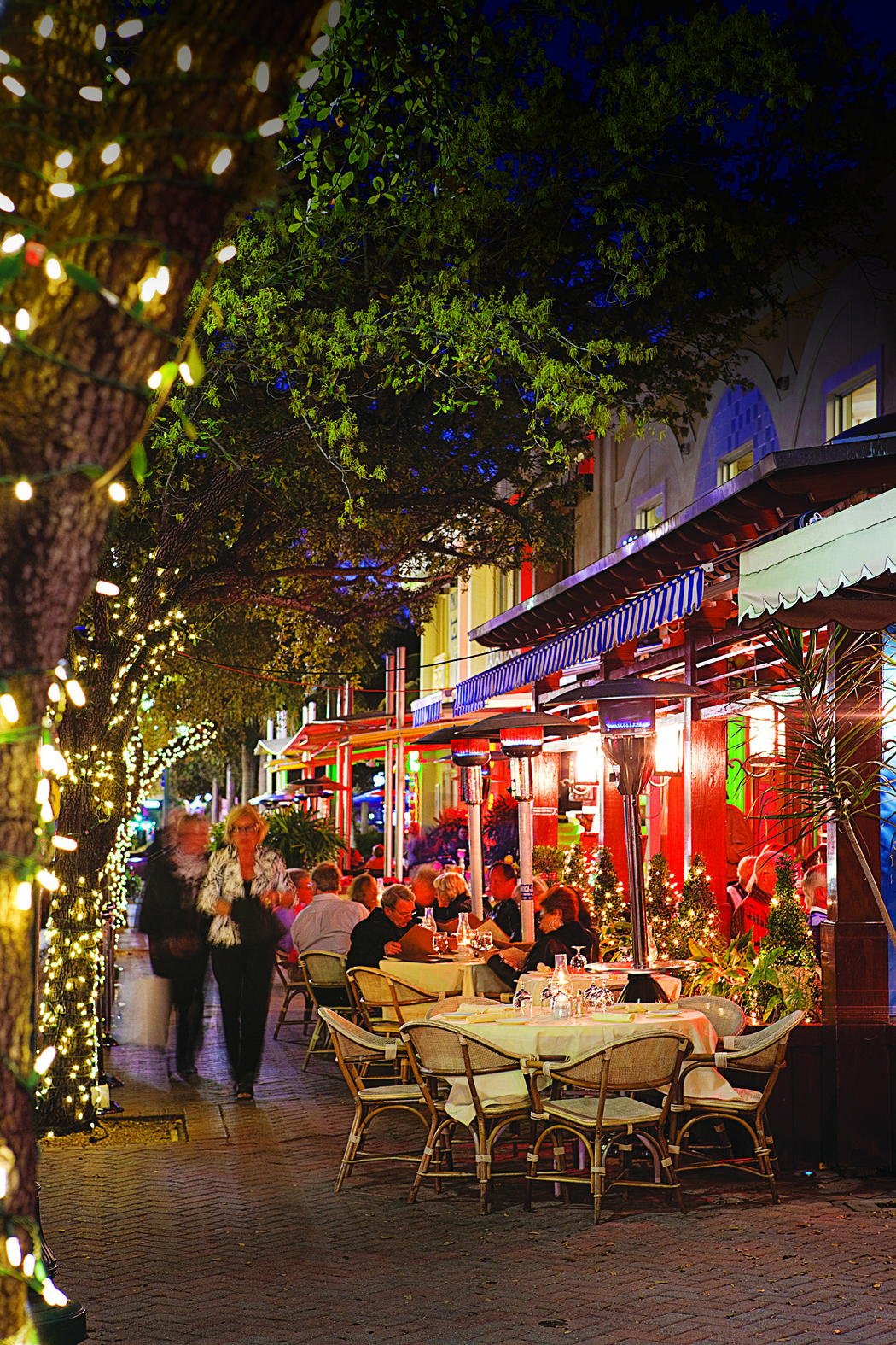 Enjoy Downtown Delray Beach S Night Cafe