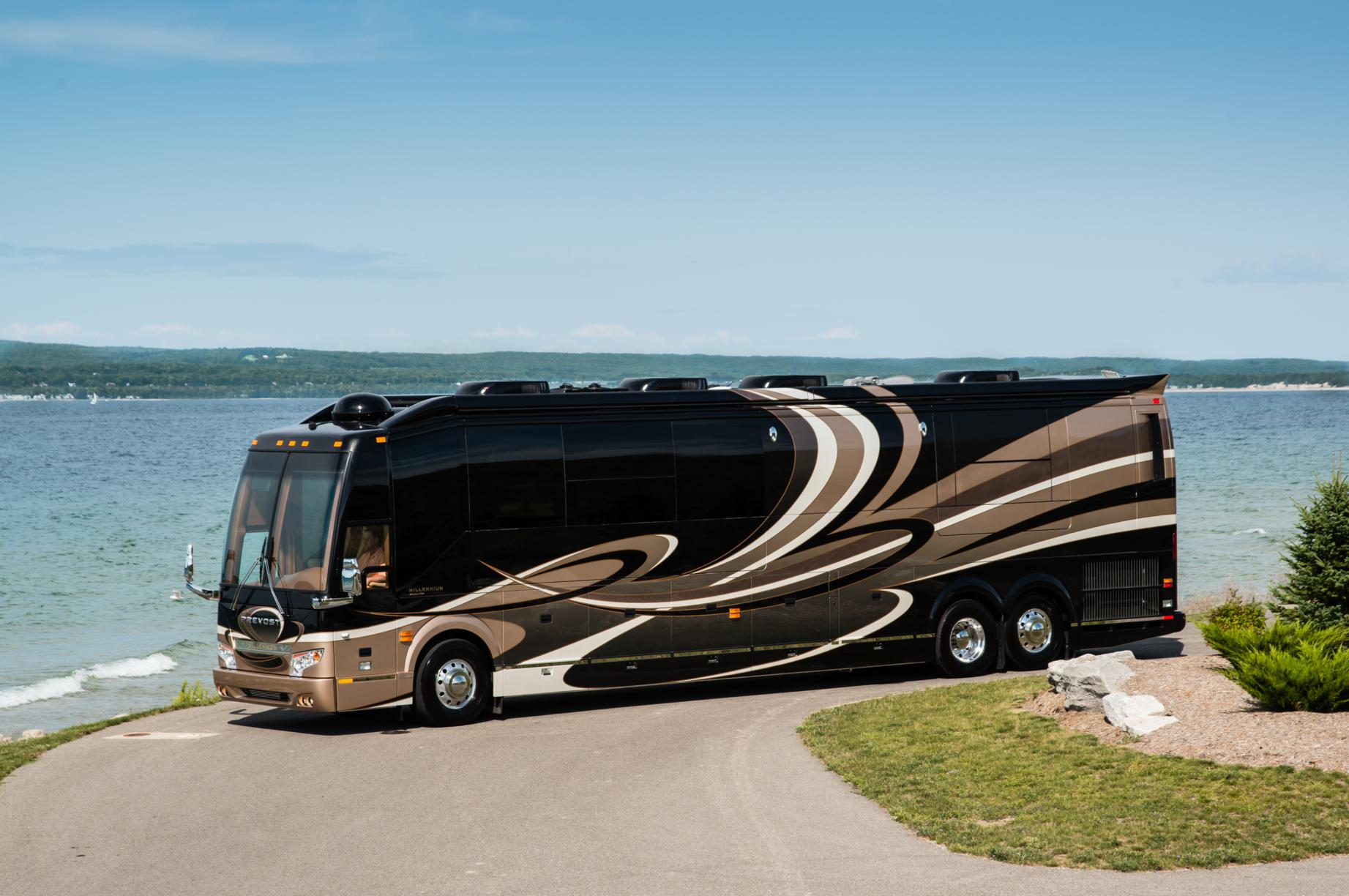 Million Dollar High Tech Rv Builder Millennium Luxury