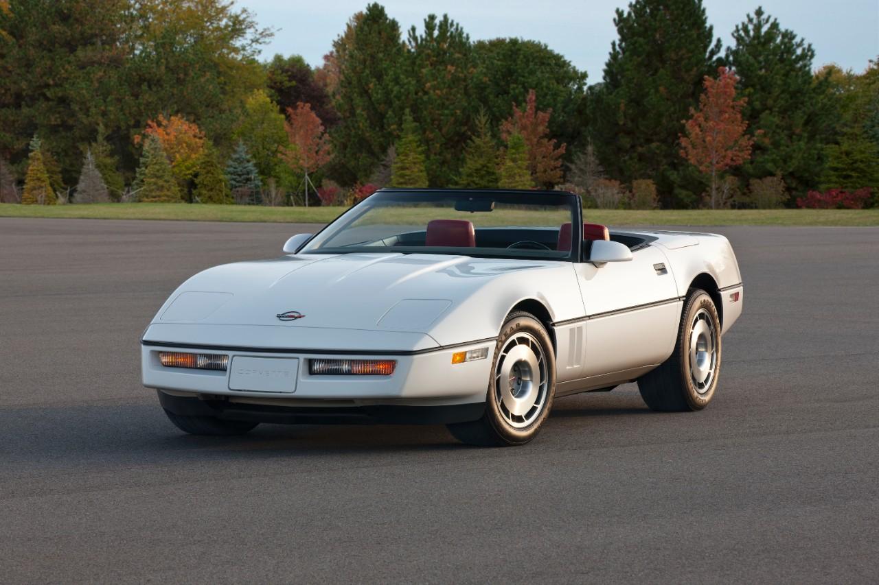 The Corvette Celebrating 60 Years Of Design Performance