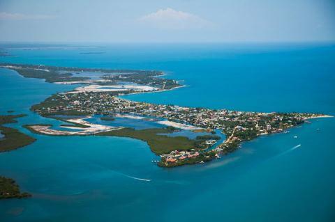 Placencia Belize Resorts Prepare for the Annual ...