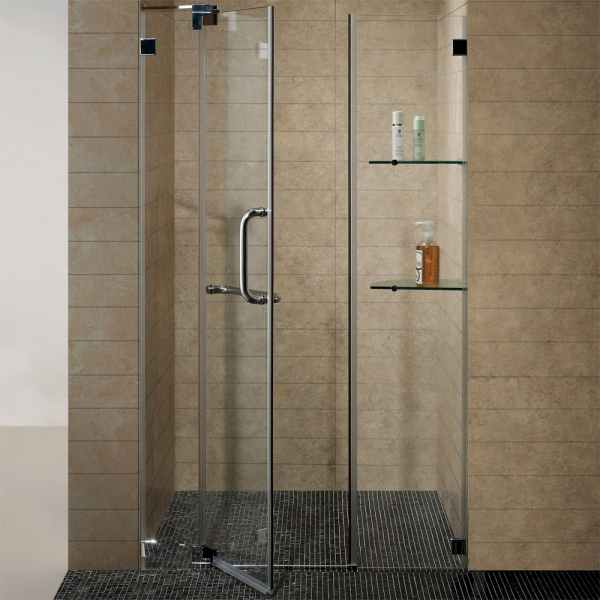Small Bathroom With Frameless Shower: HomeThangs.com Has Introduced A Guide To Luxury Showers