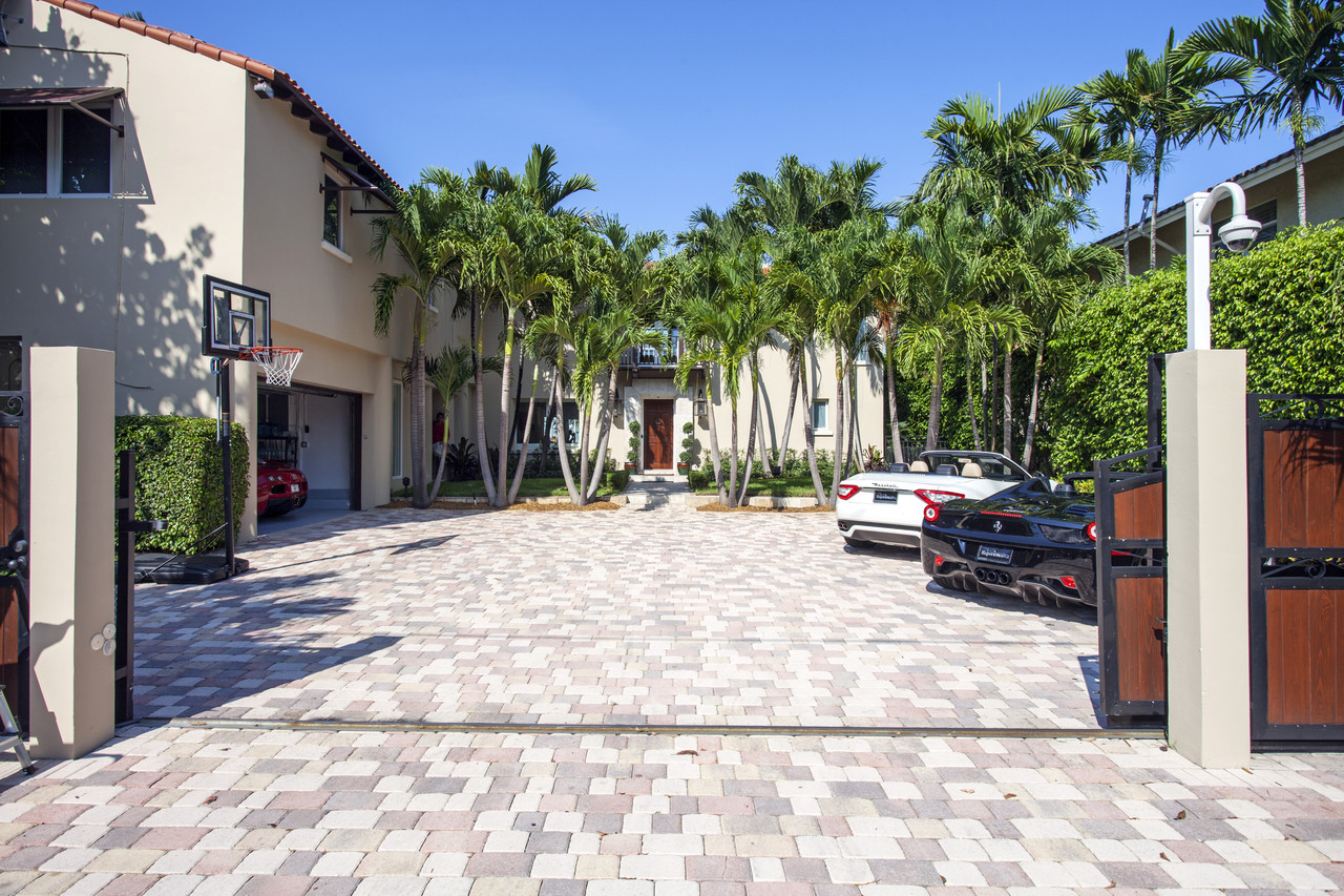 Majestic Properties Showcases New Waterfront Villa Listing