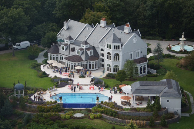 Nj luxury inground swimming pool co in new diy tv show for Pool design nj