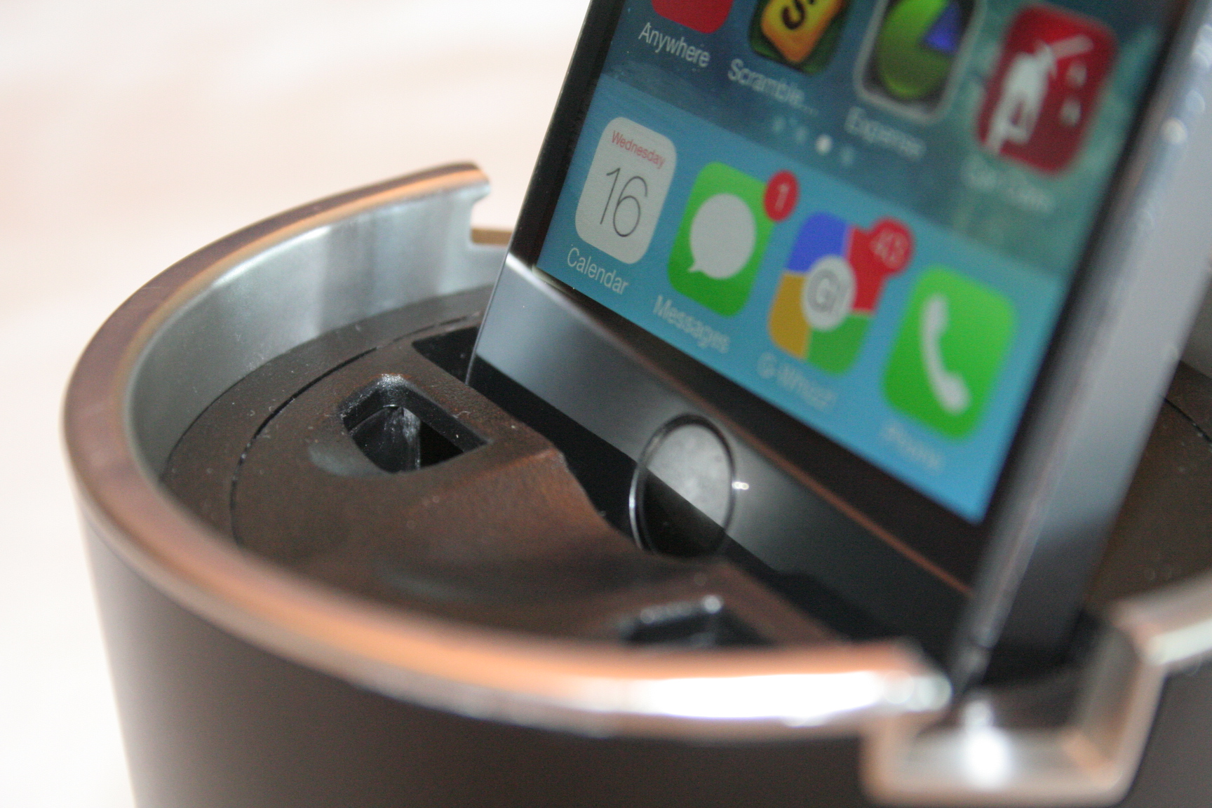Custom Car Docks Offers Safety And Convenience To Iphone