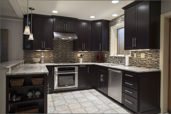 Grey Kitchen Units With White Tiles