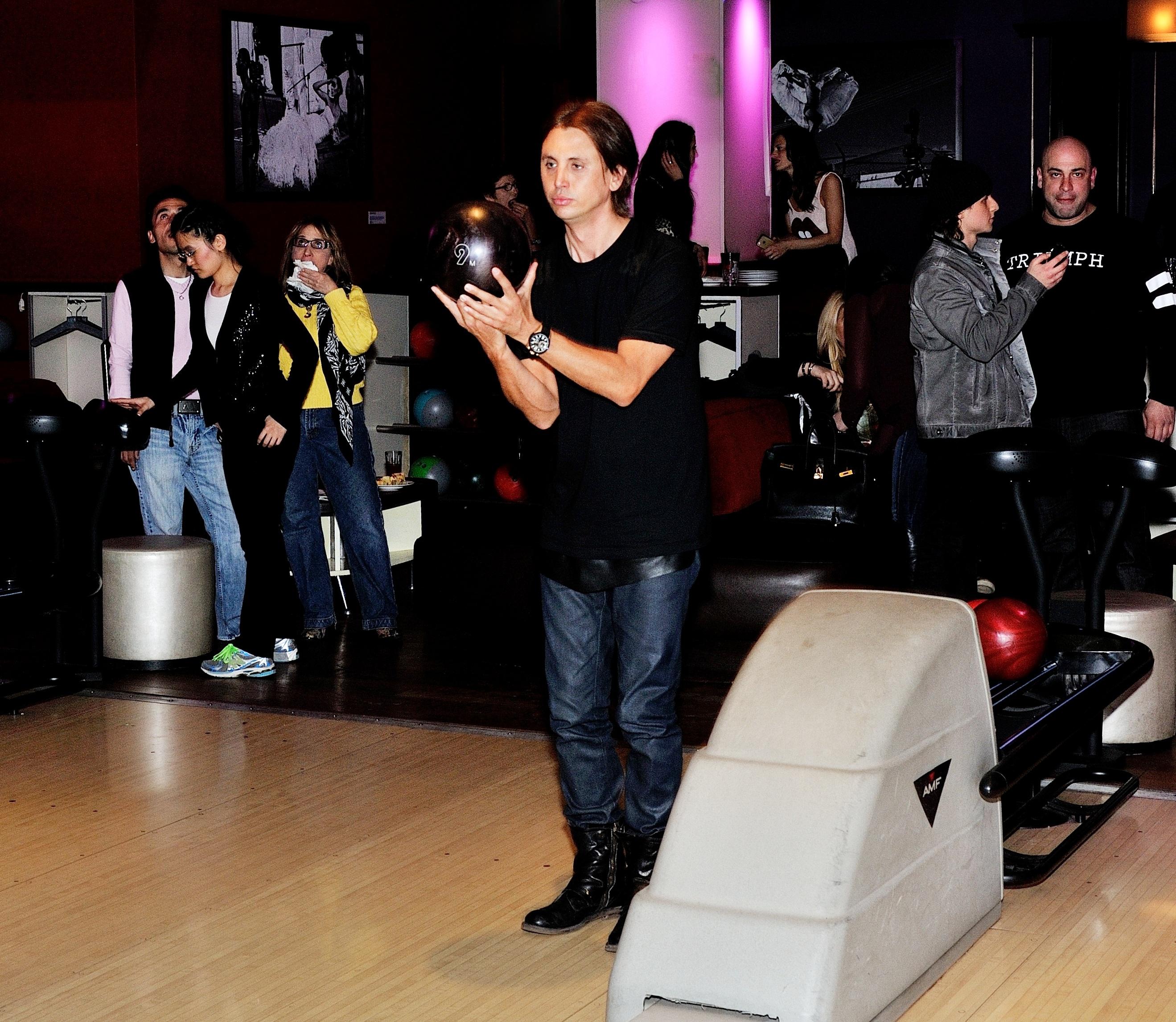 Jonathan Cheban Hosts Bowling Benefit at Frames Bowling Lounge in NYC