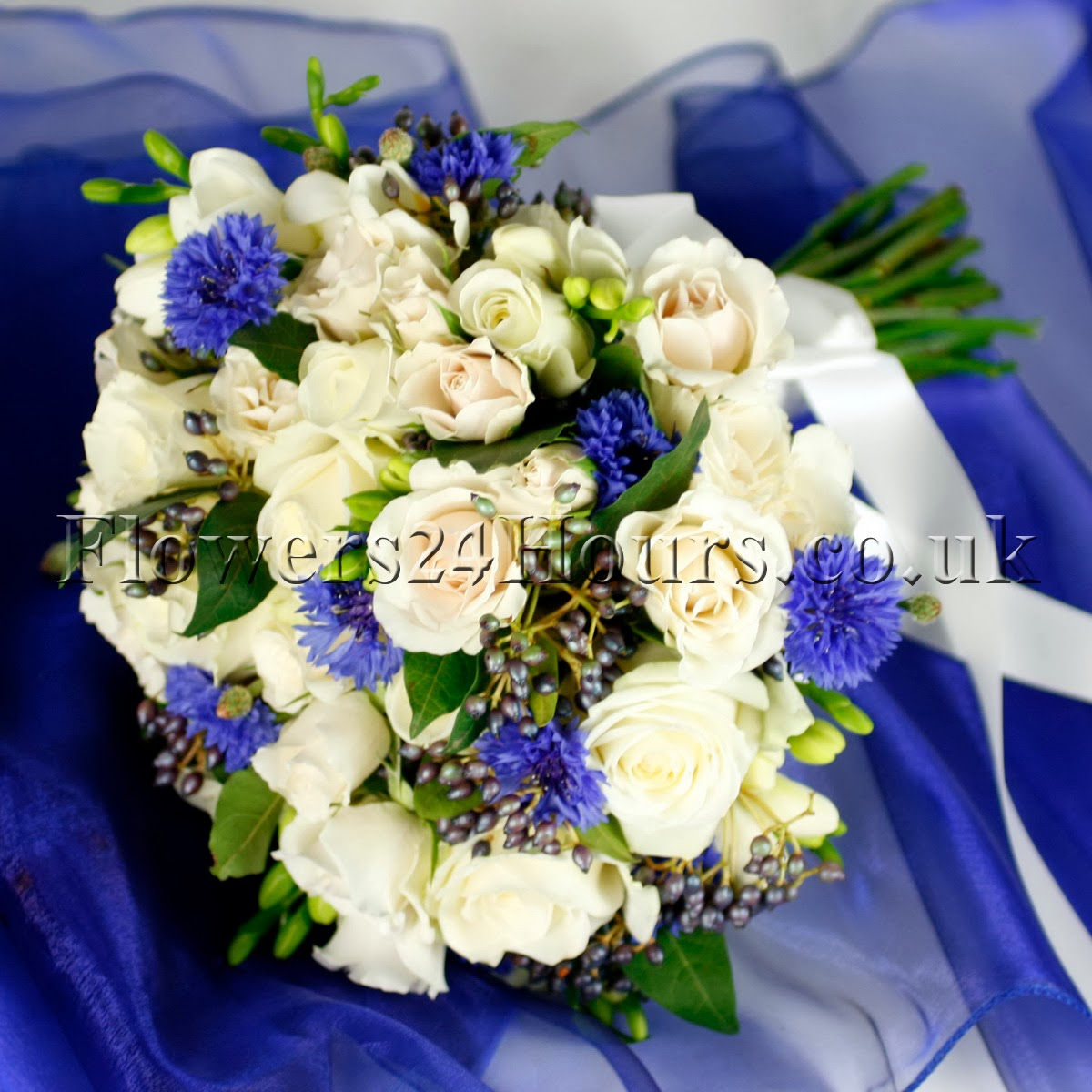 Stylish Flowers For Springsummer 2014 By London Florists At