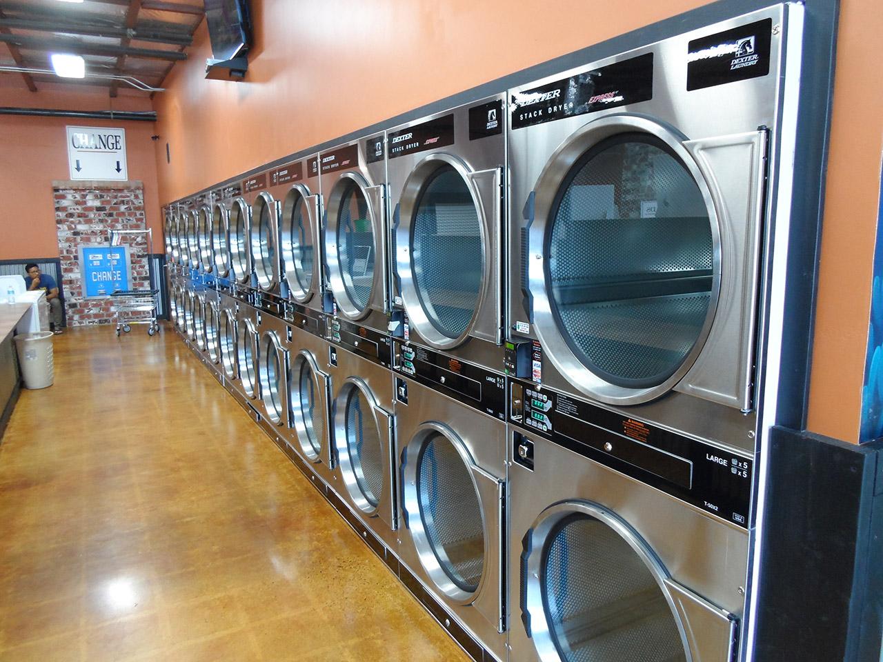 San Diego Business Partners Open Third Wash N Go