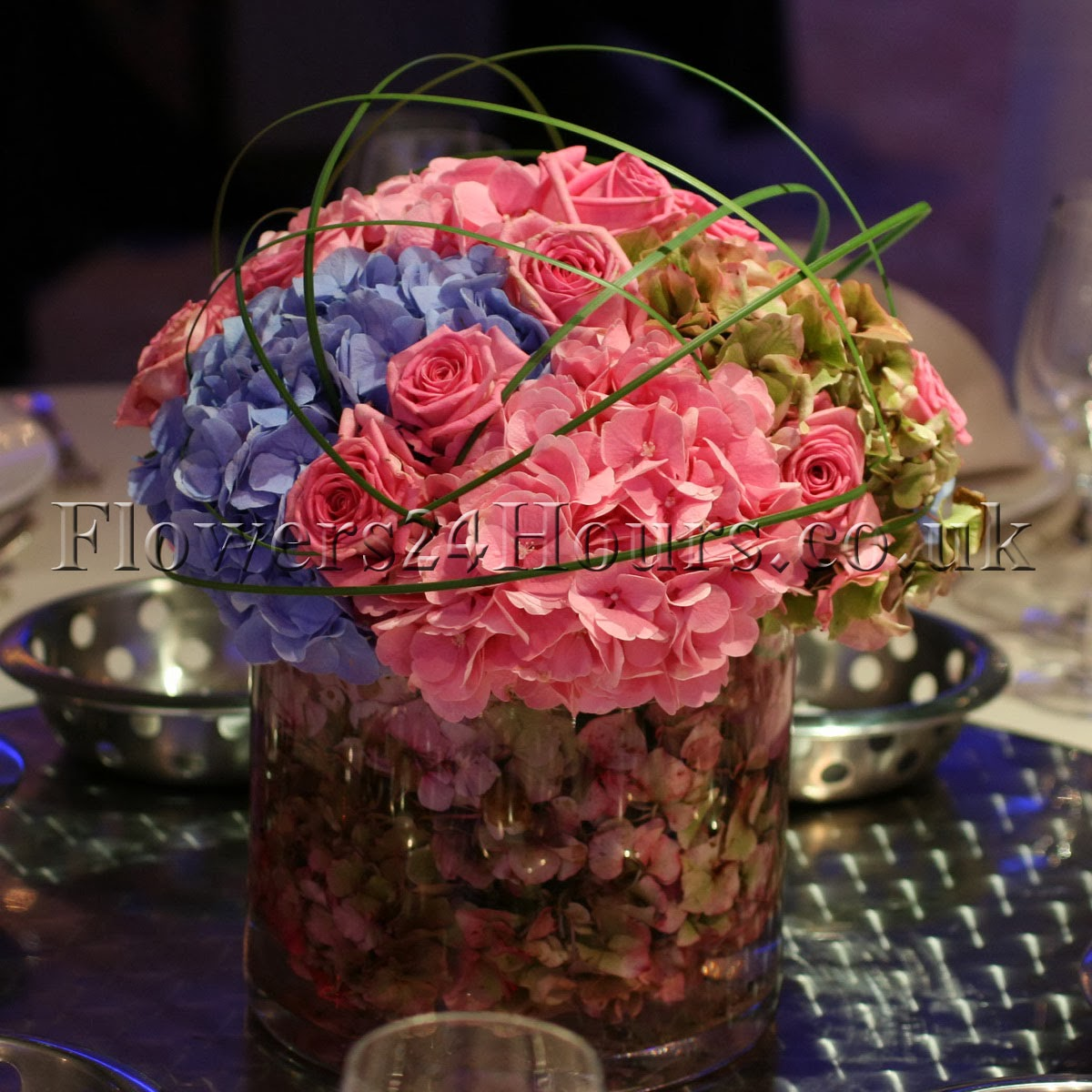 New inspiring selection of flower arrangements from uk flower flowers24hours flowers delivery uk florists online florist and gifts uk shop izmirmasajfo