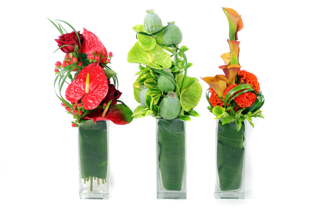 Award winning uk florist offers flower delivery service of june summer flower delivery london and summer flowers uk by flowers24hours top uk izmirmasajfo