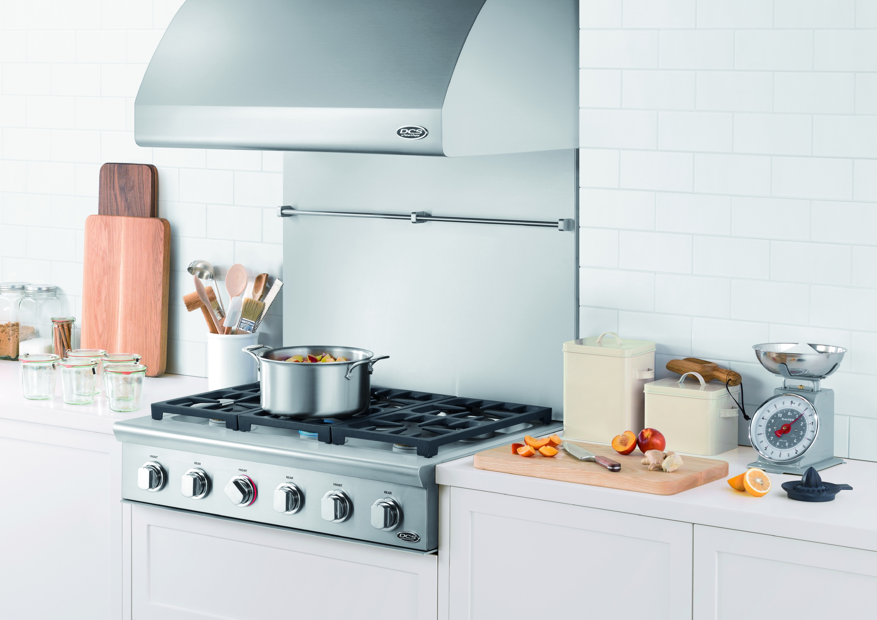 DCS by Fisher & Paykel Launches New Line of Professional Kitchen ...
