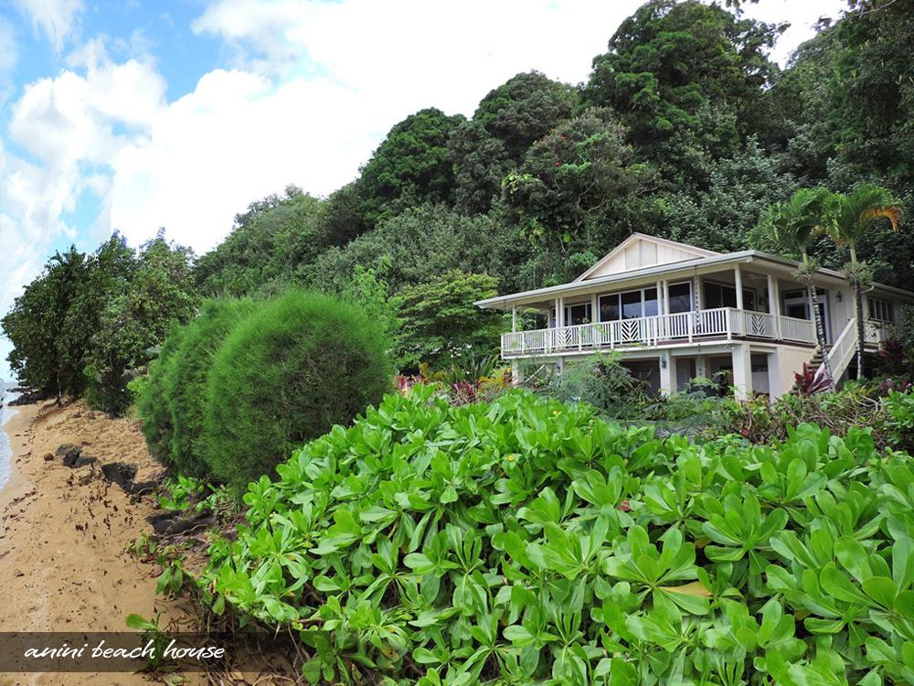 Oceanfront On Anini Beach 2 Bedroom Kauai Cottage