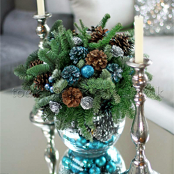 Christmas flowers, Christmas flower arrangements and decorated Christmas trees by London flower delivery shop Flowers24hours
