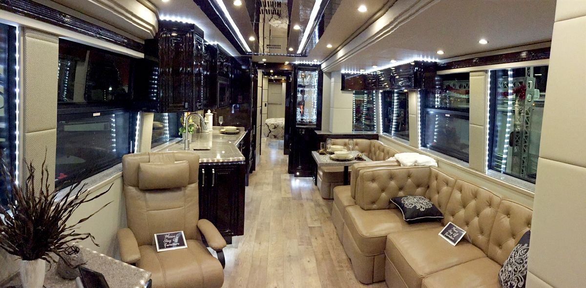 Transwest Unveiled Their New Emerald Prevost At The 2014
