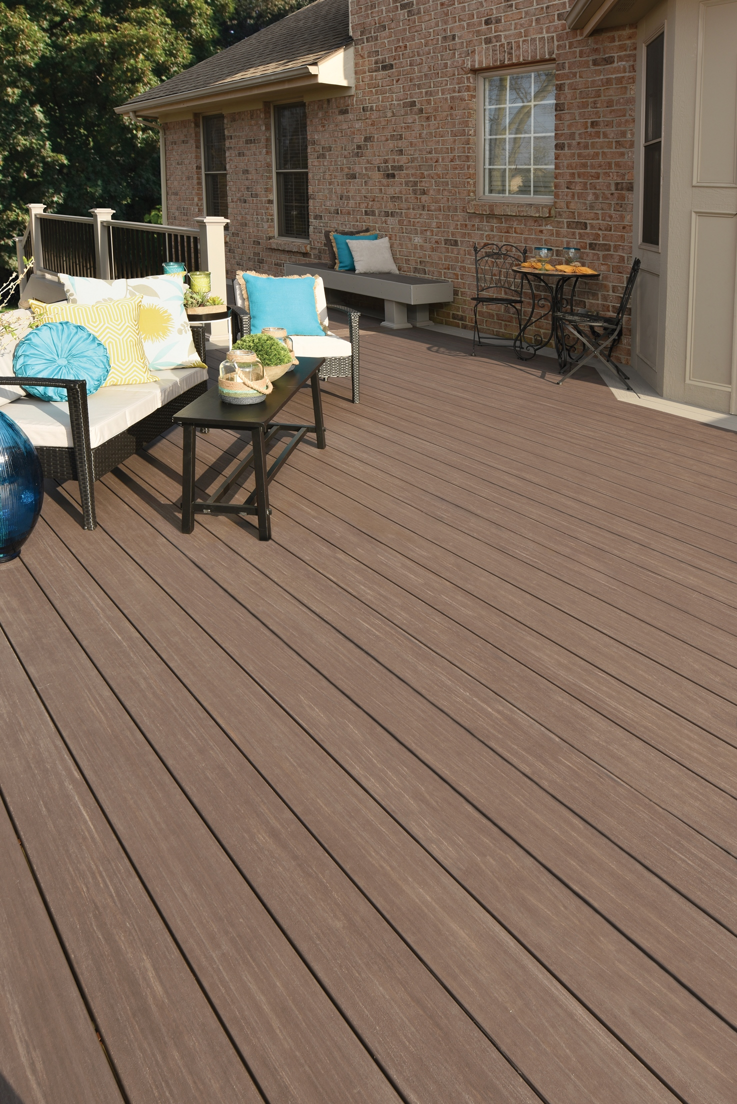 Azek Deck S New Vintage Collection Poised To Reinvent Pvc