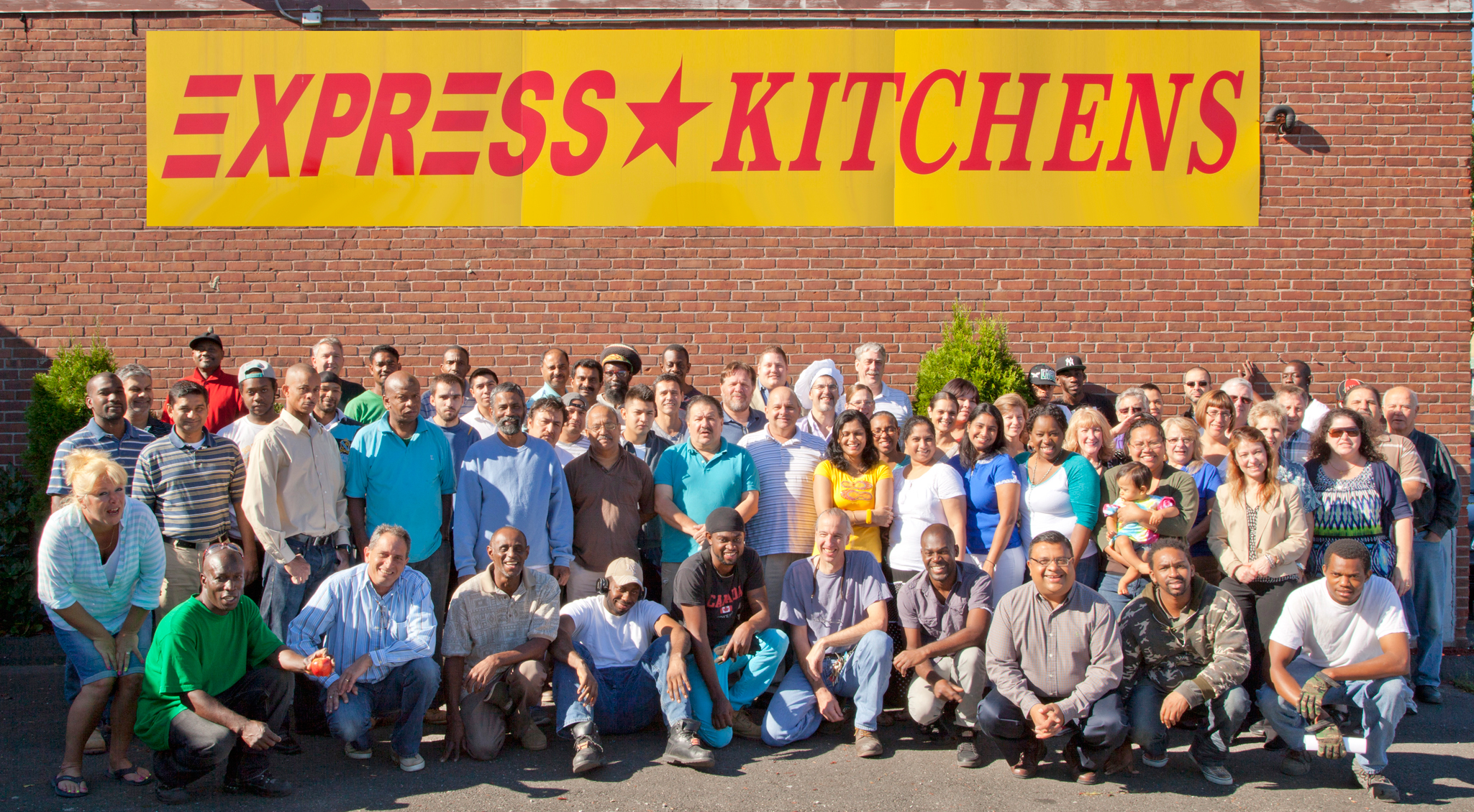 Bridgeport Mayor Finch Welcomes Express Kitchens
