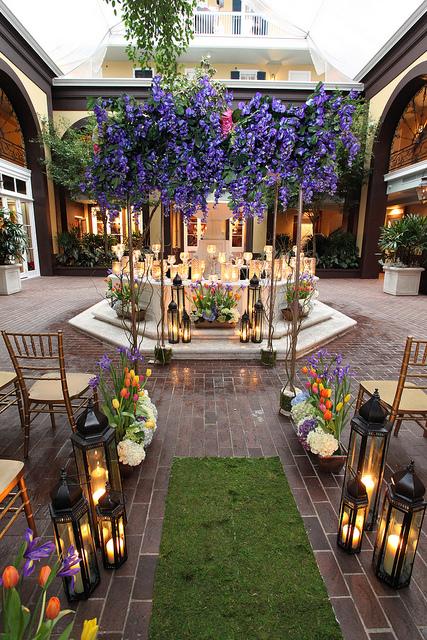 Wedding Ceremonies At Hotel Mazarin Renaissance Courtyard