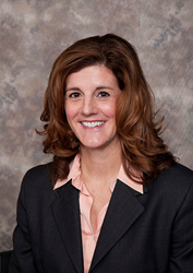 Washington Federal Promotes Cathy Cooper to Lead Retail Banking