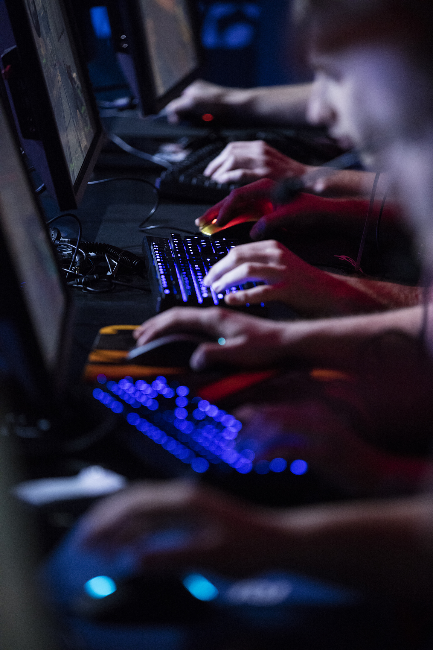 Steelseries Apex M500 The Mechanical Keyboard For Esports Now Available Red Switch Gaming Used By Team Virtus Pro During Mlg Columbus Features Cherry Mx Switches