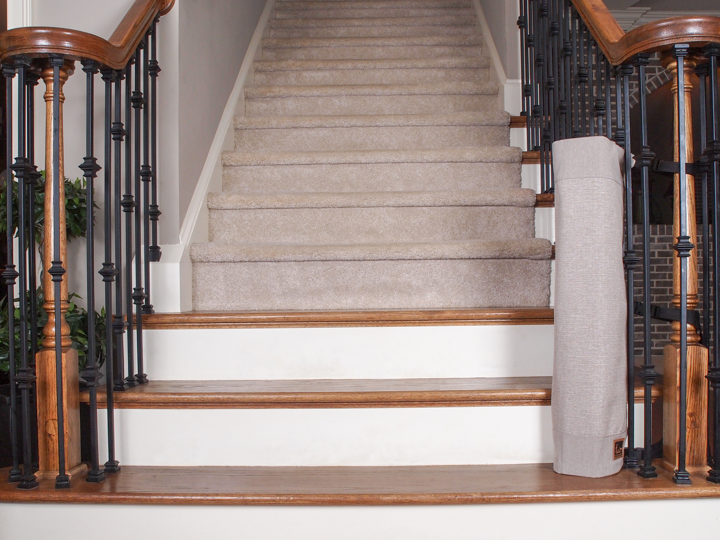 The Stair Barrier Banister To Banister Baby Safety Gate Receives The National Parenting Center Seal Of Approval