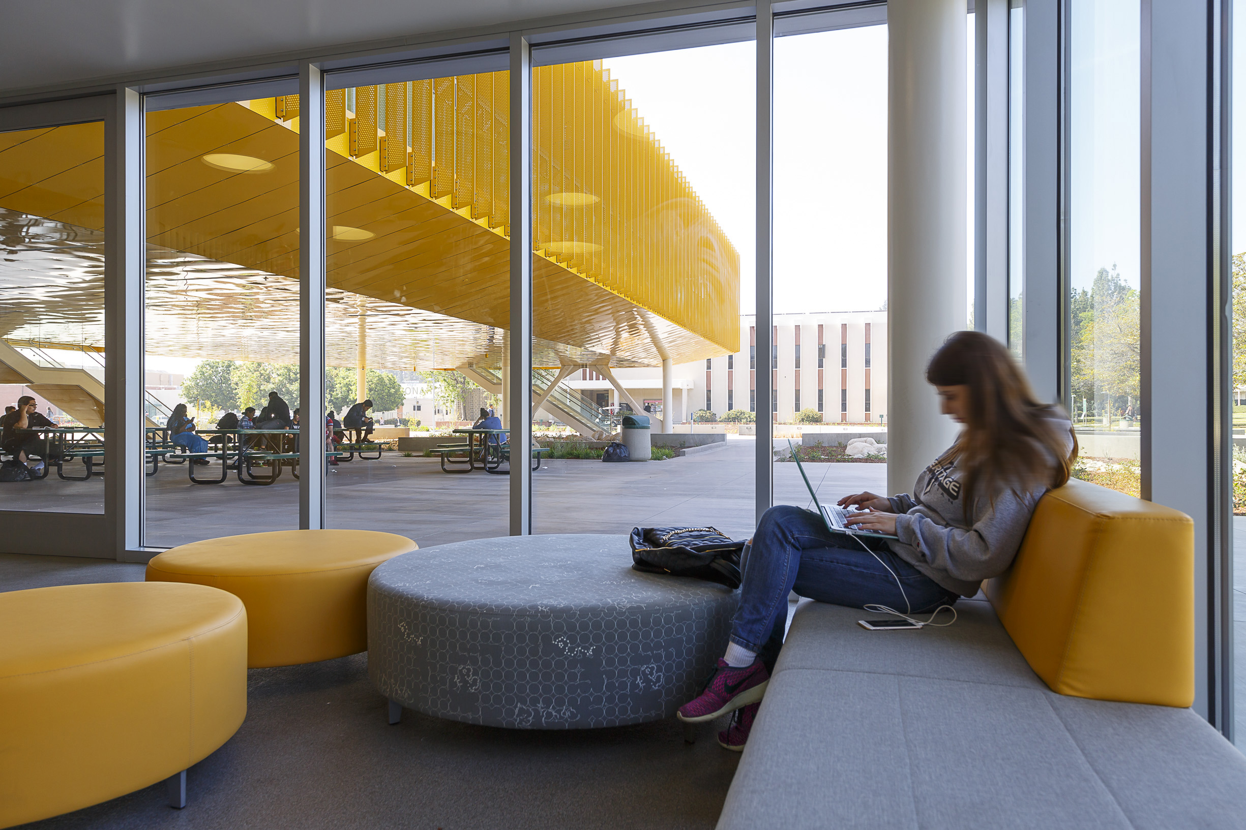 Los angeles valley college completes new student center - Interior design colleges in los angeles ...