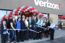 Cellular Sales Thornton ribbon cutting