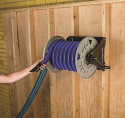 The New Dust Right Vacuum Hose Reel Mounts To Wall And Holds Up 40 Of Standard 1 2 Diameter