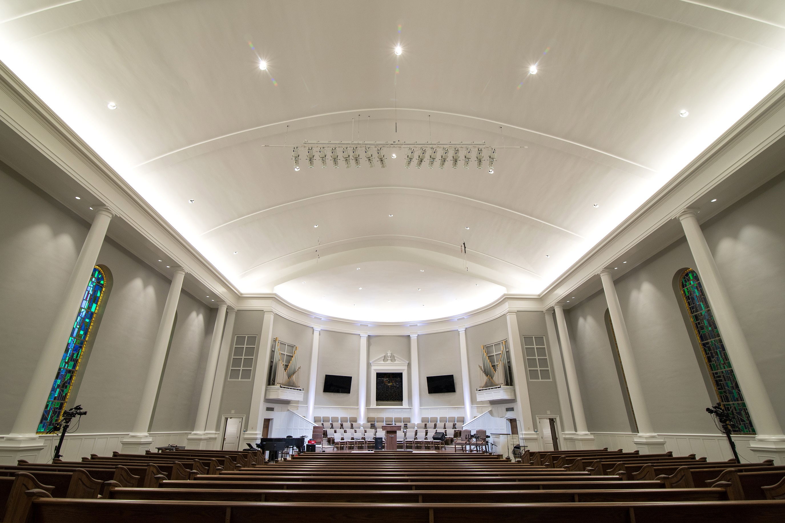 elp s cove lighting crowns recent renovation at north greenwood