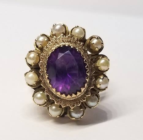 America S First And Only Ugly Jewelry Museum Is At Sami Fine Jewelry
