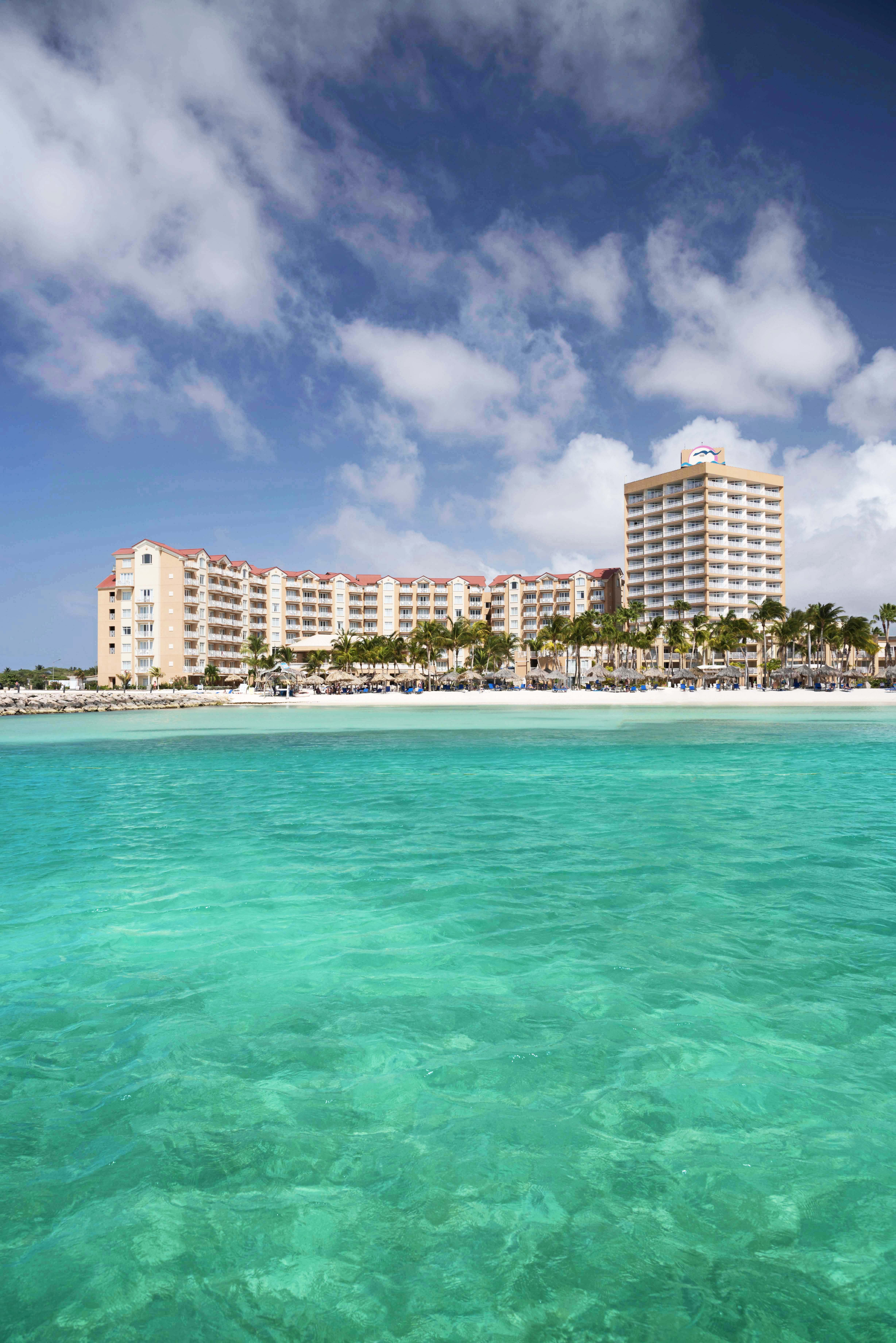 Divi resorts sponsors aruba s soul beach music festival featuring r b star alicia keys - Divi phoenix aruba ...