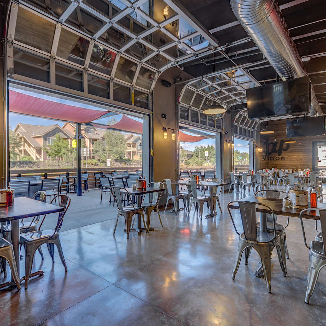 Win Free Pizza For A Year At The New Zpizza Tap Room In Bend