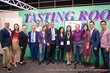 Newly-proclaimed VIA Italian Wine Ambassadors and Experts in Hong Kong pose with VIA Founder Stevie Kim, VIA Faculty and Veronafiere President and General Manager.