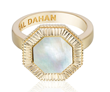 Octaday Ring in 18K yellow gold with mother of pearl