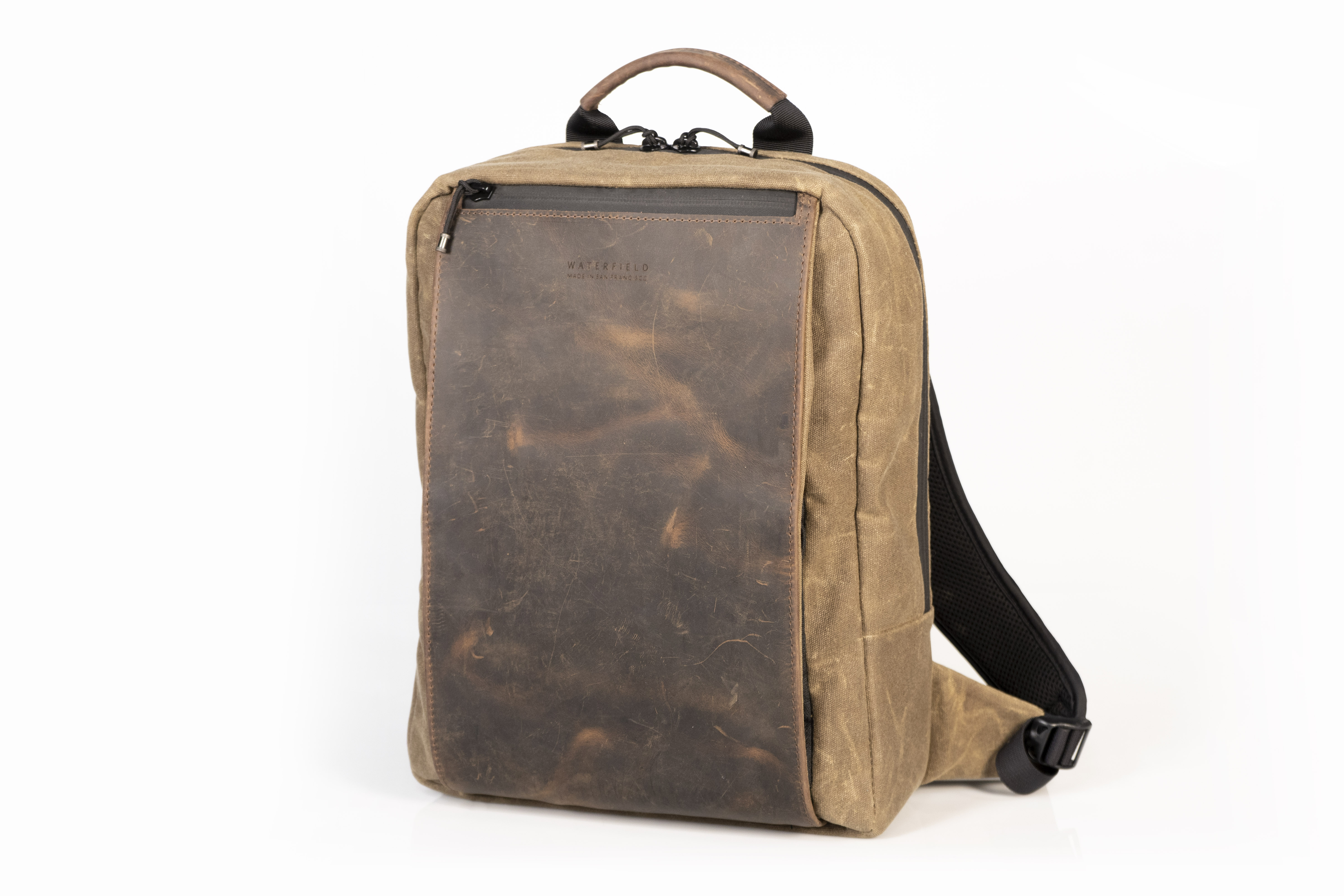 1ade102c323 WaterField's New Sutter Slim Backpack Lightens the Work Load
