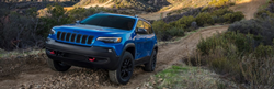 2020 Jeep Cherokee Trailhawk climbing hill