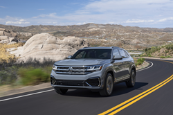 2020 Volkswagen Atlas Cross Sport driving down a highway in the western United States.