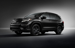 2021 Honda Pilot Exterior black paint on black background