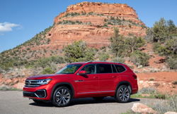 2021 Volkswagen Atlas red parked in desert in front of butte