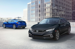 2021 Honda Civic Coupe cars in a city