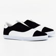 MG Slip On in black & white
